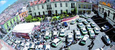 Taxistas toman primer  cuadro de Pachuca