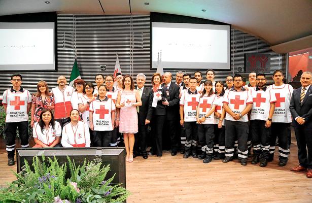 Infonavit apoya a la Cruz Roja