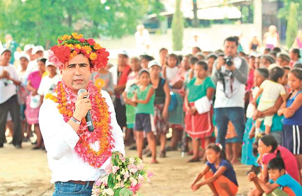 Apoyo total para Alex González en la Huasteca