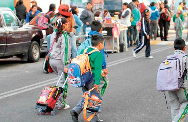 Regresan a clases estudiantes de Mineral de la Reforma y Pachuca