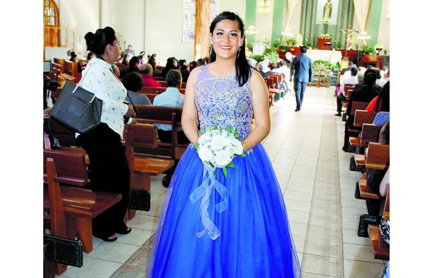 Salma Ameyalit Cumplió quince años