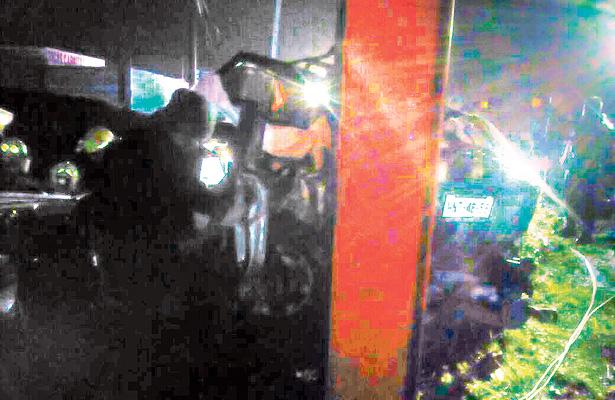 Fatal accidente: viajaban tres; sobrevivieron dos