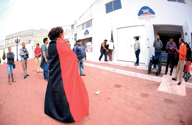 Hoy cumple una semana huelga  en Mineral de la Reforma