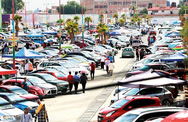 Un riesgo comprar vehículos en tianguis, alerta AMDA