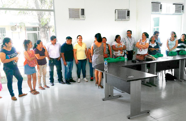 Viene segunda capacitación a comedores y tiendas escolares