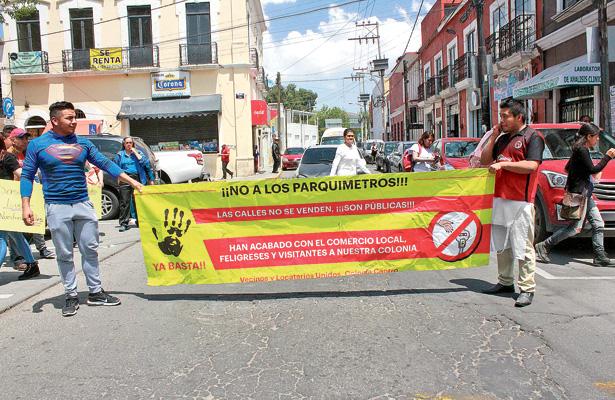 Vecinos de Jardín Colón se oponen a parquímetros