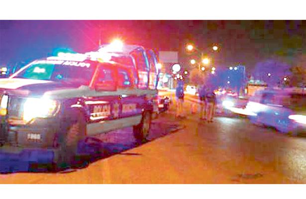 Llovieron golpes y balazos; ebrios agredieron a policías