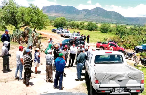 Apedrean a familiares del alcalde de Epazoyucan