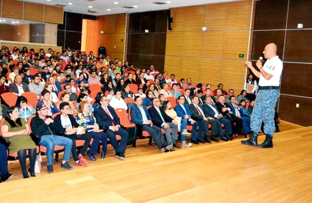 Policía Cibernética dio conferencia a hijos del personal de la PGJEH