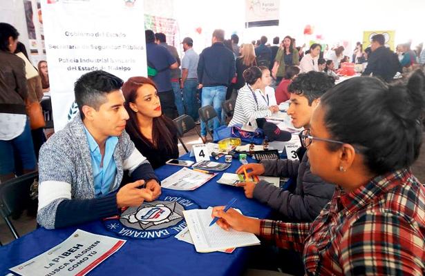 Mediante programas y subprogramas la STPSH promueve empleo