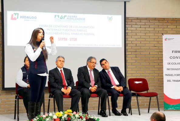 Secretarías del Trabajo y de Educación abren oportunidades de empleo a universitarios