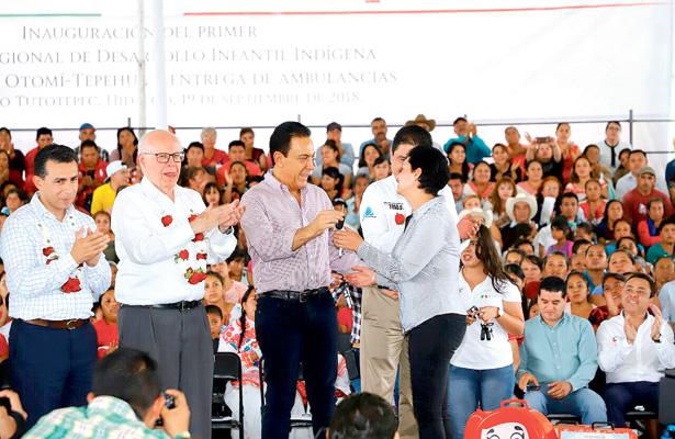 Hidalgo inauguró el primer ceredi indígena del país