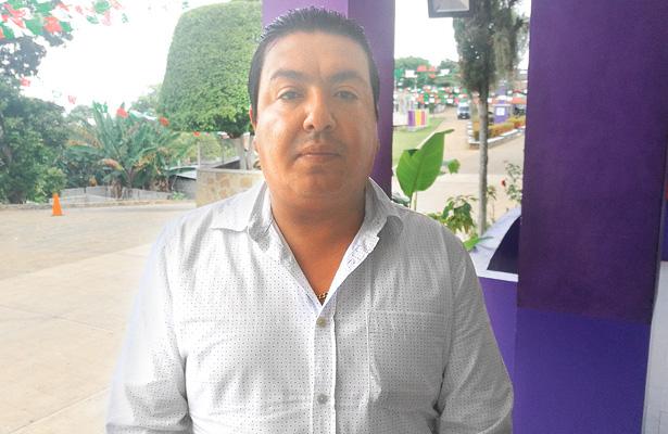 Integrantes del FDOMEZ quitan servicios básicos a exdelegado de Emiliano Zapata