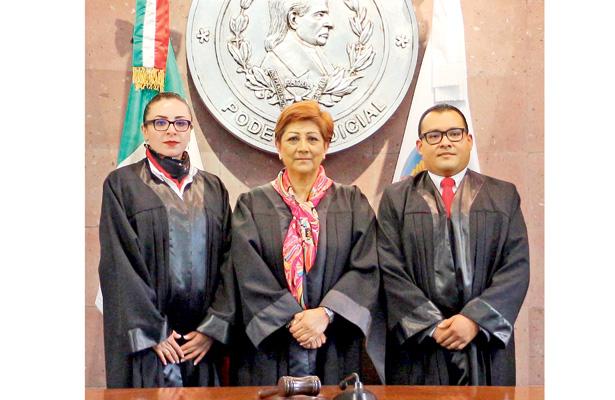 Rindieron protesta dos nuevos jueces