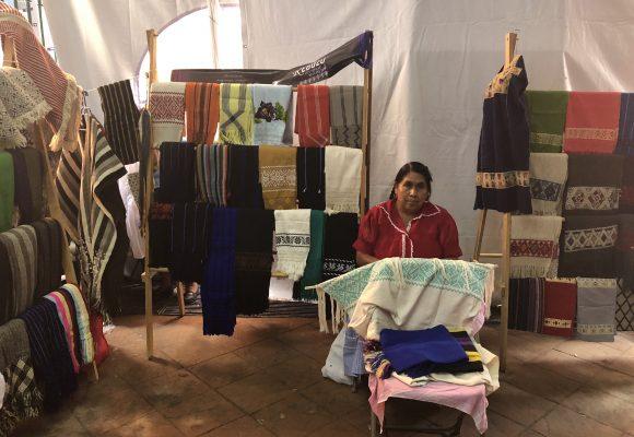 Rebozos, prendas que cuentan historias de los pueblos mexicanos