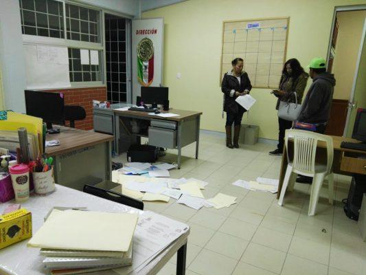 Saquean escuela en el Huixmi