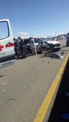 Fuerte choque sobre autopista Tulancingo-Pachuca