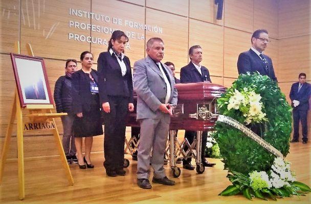 Rinden homenaje al ex procurador Alejandro Straffon
