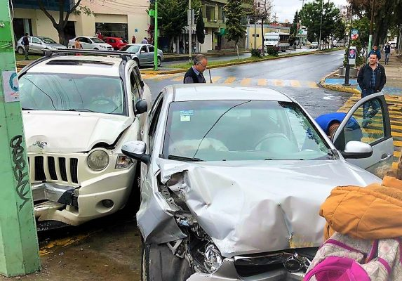 Accidente vial en la Madero, deja un lesionado