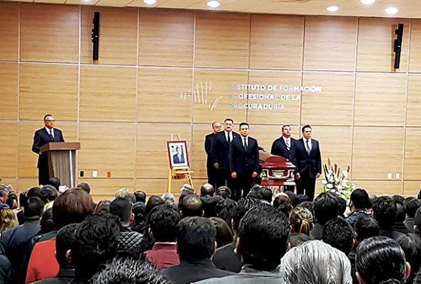 Emotivo homenaje a ex procurador de Justicia