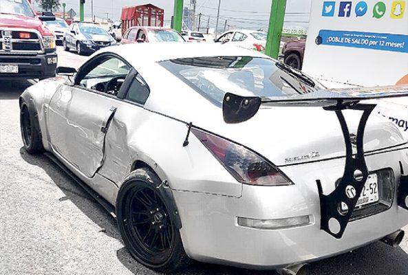Veloz auto impacta a deportivo en Colosio