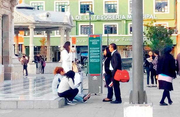 Población pachuqueña respalda con firmas la lucha por obras