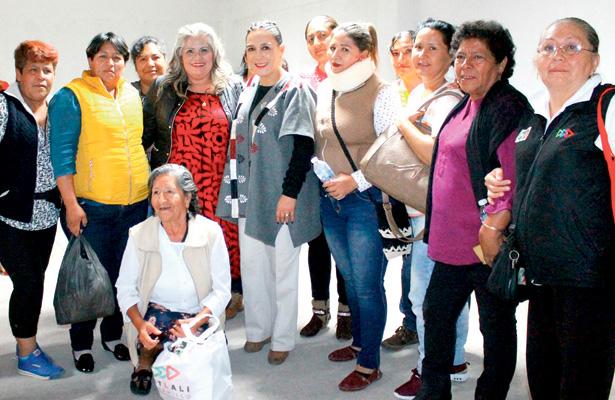 Octubre, mes del autocuidado femenino para prevenir cáncer