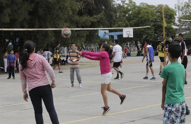 Niñez mexicana, presente y futuro del país, afirma Peña Nieto