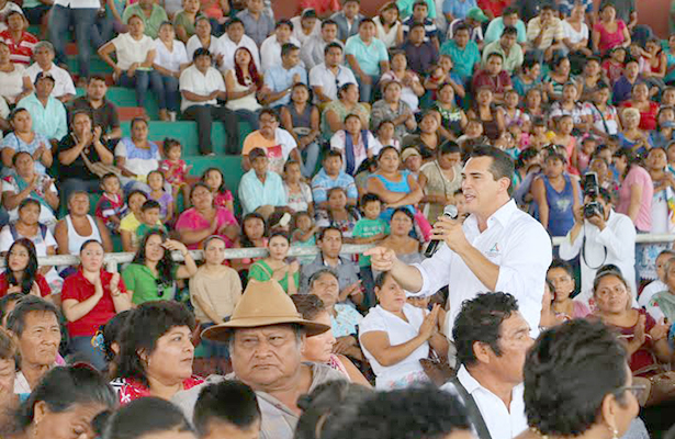 """Programa """"Soluciones""""  benefició a 393 campechanos"""