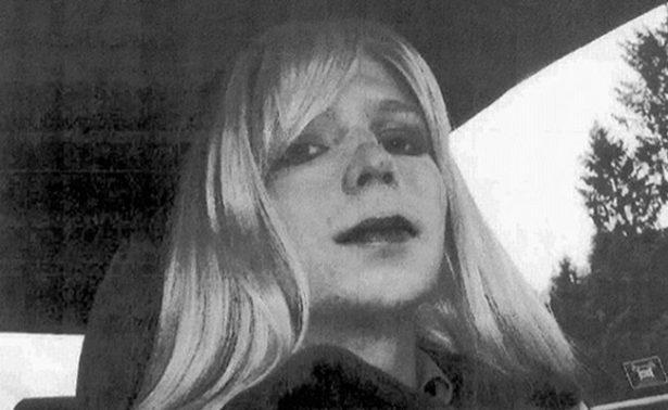 Chelsea Manning sale de prisión, 7 años después de revelar secretos a WikiLeaks