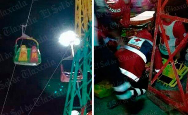 ¡De miedo! Niño cae de juego en feria de Huamantla