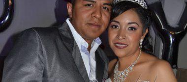 Se unieron en matrimonio Juan Luis y Diana