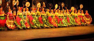 Ballet Folklórico de la Universidad de Guanajuato conquista Bellas Artes
