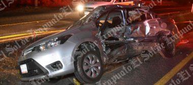 Muere conductor de auto prensado