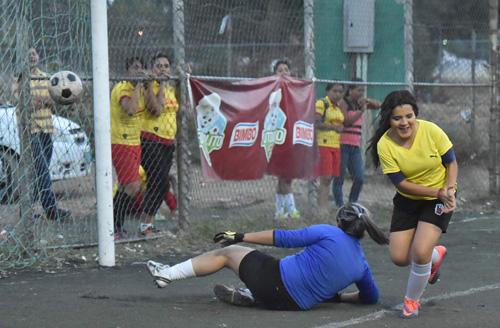 Dep. Aguayo es semifinalistas al vencer al Chelsea
