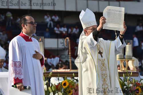 Celebra obispo santa misa