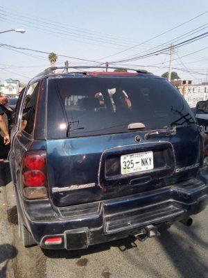 Querían gasolina de a gratis; lo detiene la policía
