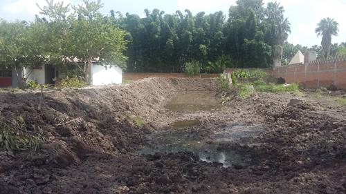 Se construye canal de desague en la Escuela Carlos Cortés O.