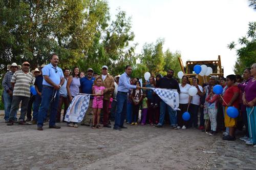 Inicio de rehabilitación camino Cuerámaro-Sarteneja