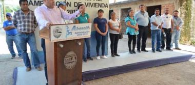 Alcalde hace posible cuartos y cocinas para 76 familias