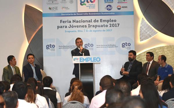 Inauguran Feria Nacional de Empleo para Jóvenes