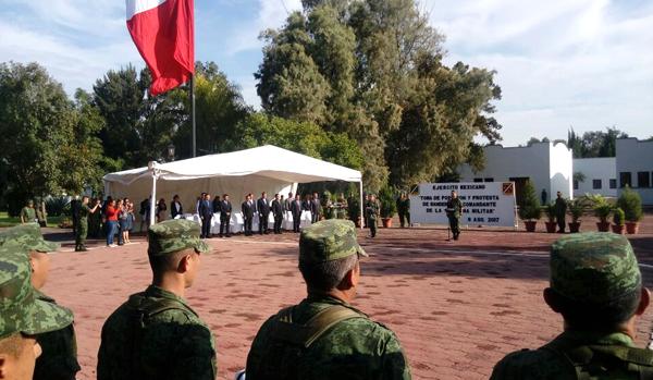 Asume mando General Díaz en la Zona Militar