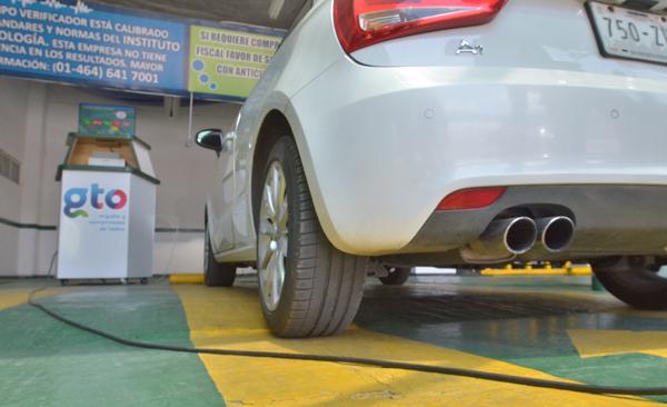 Reducirán contaminación con verificación vehicular