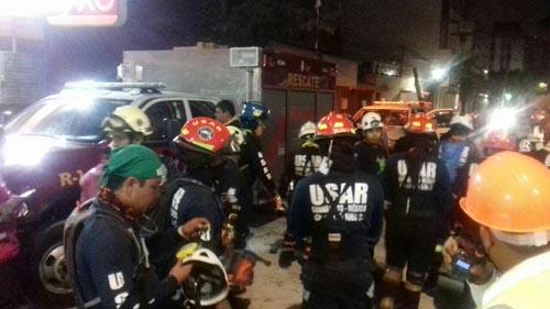 Bomberos irapuatenses realizan rescates en CDMX