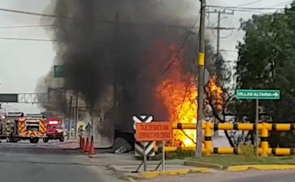 Explosión en ducto de Pemex