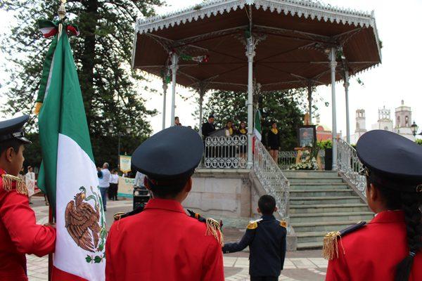Se conmemora  252 Aniversario del natalicio de José María Morelos