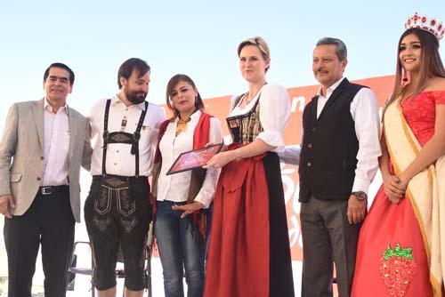 Con gran éxito se lleva a cabo Romería de la Raza 2017