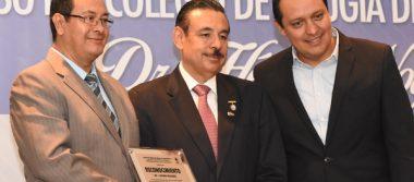 Concluyen congreso en honor del Dr. Héctor Noyola