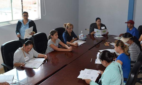 Programa de Impulso Socioeducativo se implementa a mujeres cueramarenses