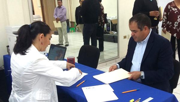 El Alcalde Samuel Amezola está a favor de la reelección
